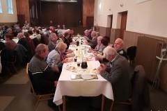 Posedenie s dôchodcami